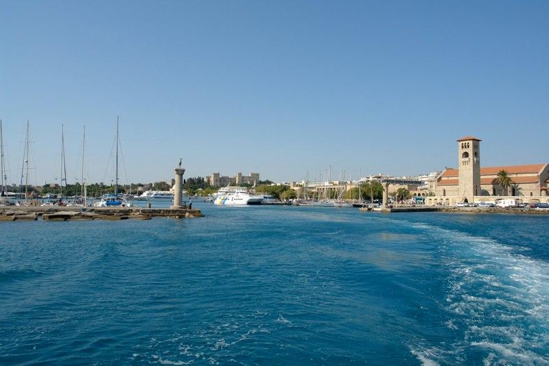 Hafeneinfahrt Rhodos Stadt (Seeseite)